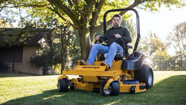 3 Reasons a Commercial Zero Turn Mower Might be Right for Your Delaware Landscaping Business