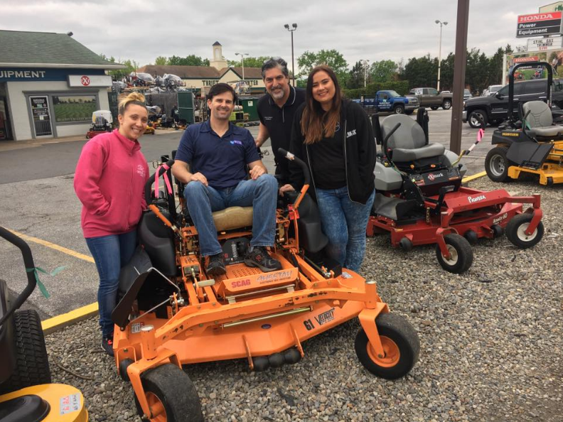 WJBR supporting Honda Dealer Days at Suburban Lawn Equipment